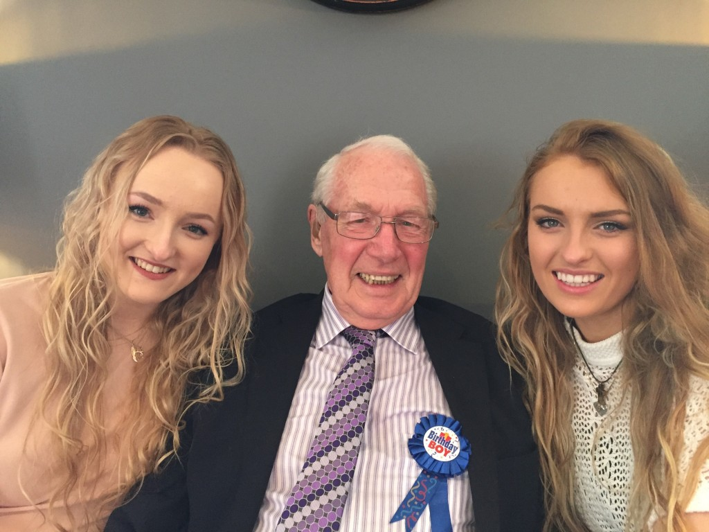 dr-payne-with-grand-daughters